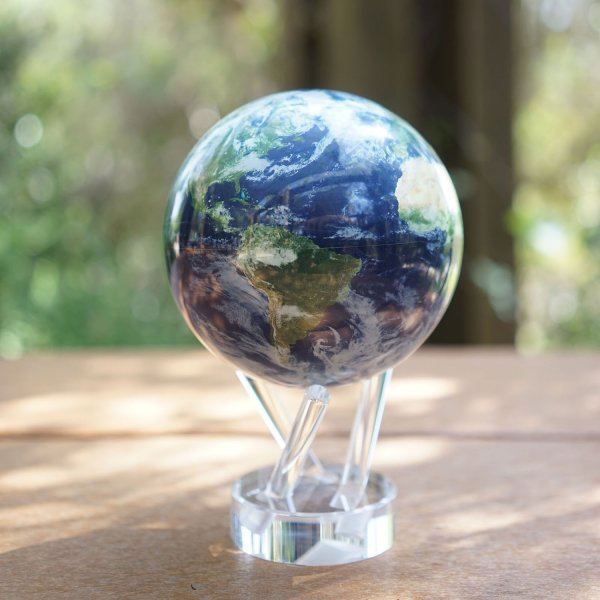 Mova Globe Earth With Clouds